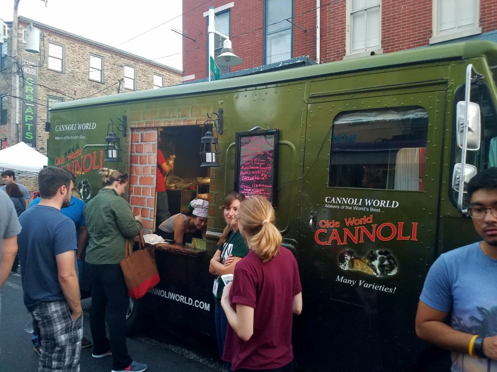 Cannoli World Food Truck